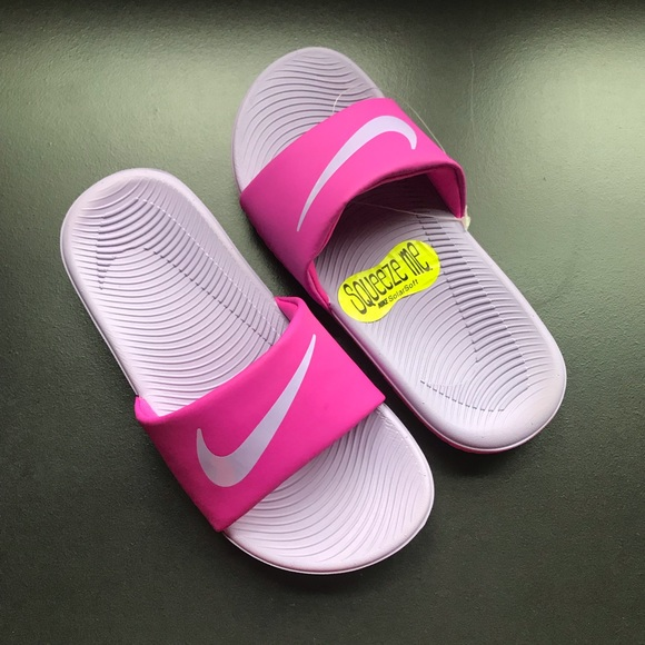 best cheap 86b8e c1e9f Nike sandals NWOT